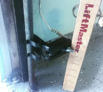 Garage Door Sensor Yellow Light Having Issues Follow These Easy Steps